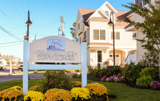 Drawbridge Townhomes   Pinnacle Property Management